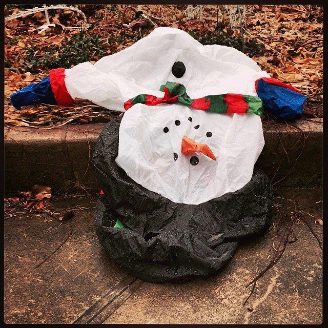 #holidayfail #bestoftheworst #snowman #brooklyn #newyork #usa