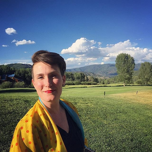 Lovely walk to dinner with @kara_frame and the #15stories3years crew. #colorado #andersonranch #photography #jimestrin #edkashi #bluesky #yellowscarf